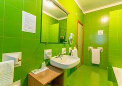 호텔 레지던스 울리비 이 팔메 - 칼리아리 - 욕실