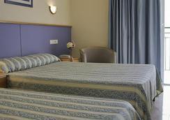호텔 마리티모 스포츠 & 릴렉스 - 이비사 - 침실