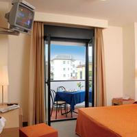 호텔 시스토 V Guest room