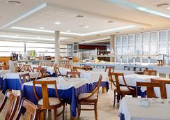 Hotel Cimbel - 베니도름 - 바