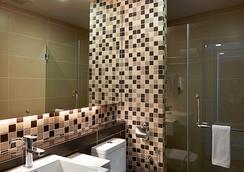 호텔 트랜짓 KL - 쿠알라룸푸르 - 욕실
