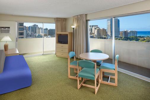 앰배서더 호텔 와이키키 - 호놀룰루 - 거실