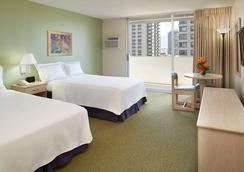 앰배서더 호텔 와이키키 - 호놀룰루 - 침실