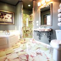 The Campbell Hotel Bathroom