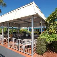 Vista Inn and Suites Tampa BBQ/Picnic Area