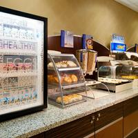Holiday Inn Express & Suites Pittsburgh West - Greentree Breakfast Area