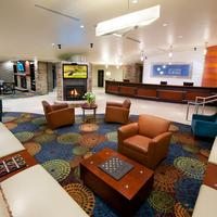 Holiday Inn Express & Suites Pittsburgh West - Greentree Lobby Sitting Area