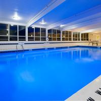 Holiday Inn Express & Suites Pittsburgh West - Greentree Pool